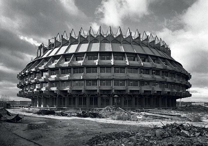 16-fernando-higueras-the-hellscraper15