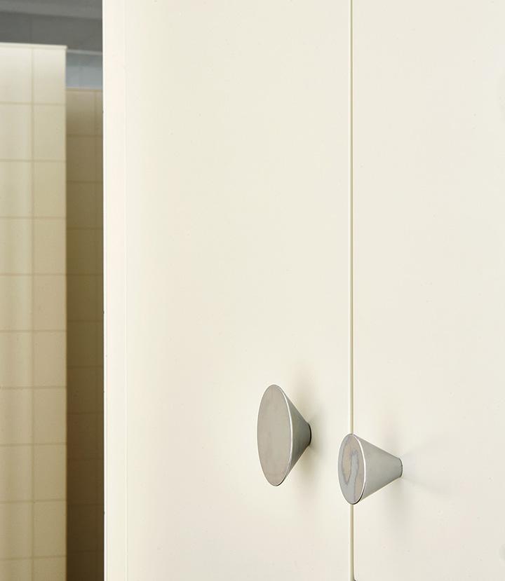 tirador troncocono plata armario cocina dos tamaños